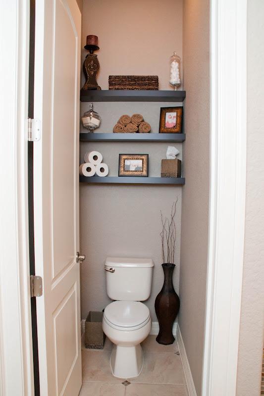 The sweatman family bathroom make over Accessorizing a small bathroom