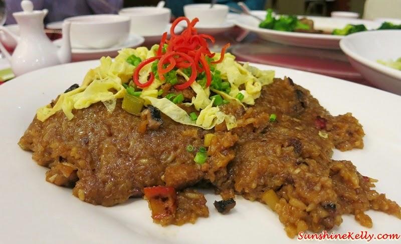 CNY 2015 Menu Review, Checkers Café, Dorsett Kuala Lumpur, Yee Sang, Salmon Pear Yee Sang, Glutinous Rice with Smoked Duck