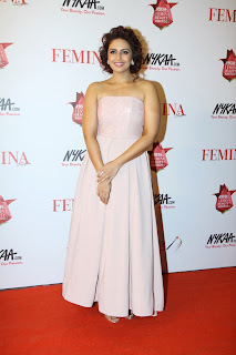 Actress Huma Qureshi Pictures at The Femina Beauty Awards 2015  38