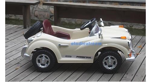 Xe ô tô tự lái cho bé JE128