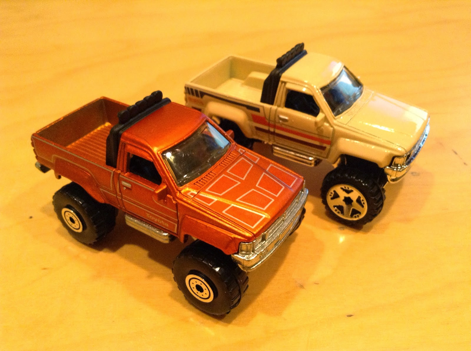 julian 39 s hot wheels blog 1987 toyota pickup. Black Bedroom Furniture Sets. Home Design Ideas