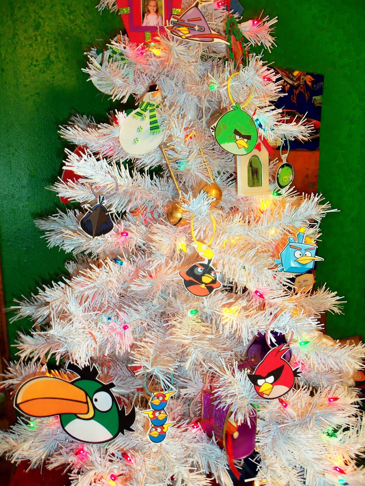Angry Birds Homemade Holiday Garland 1720