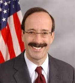 Photo of Rep. Eliot L. Engel (D -New York)