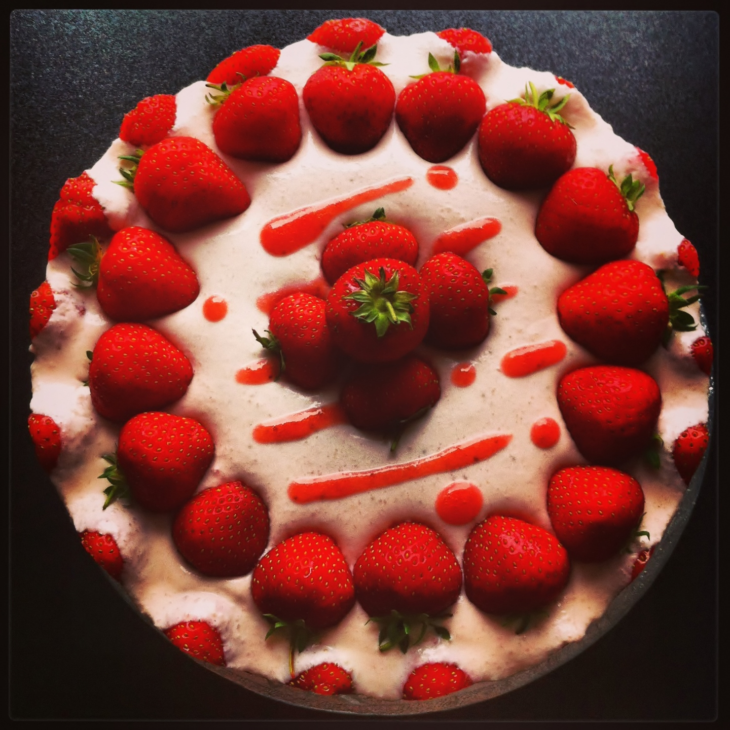Nomsies Kitchen : No Bake Strawberry Cheesecake