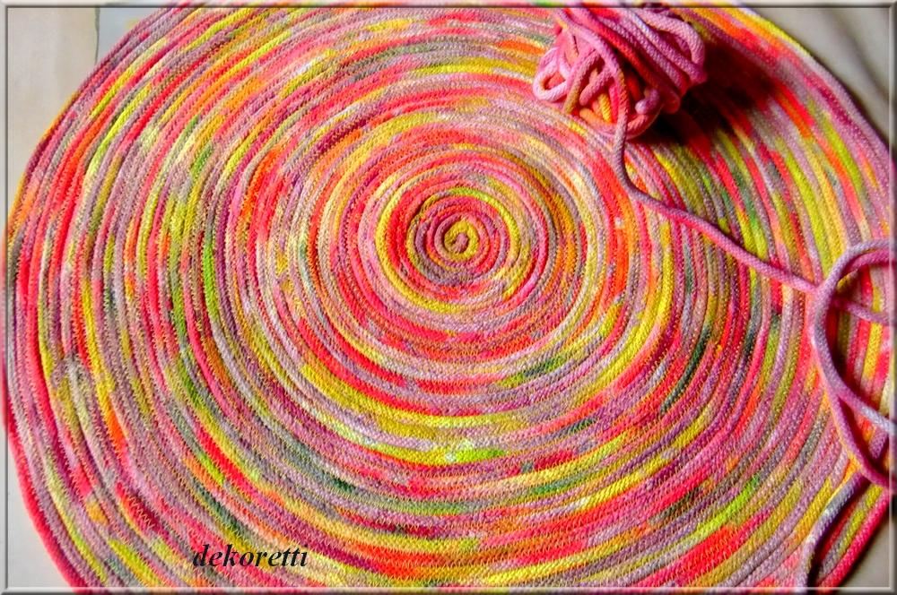 dekoretti´s Welt Einen runden Teppich habe ich mir