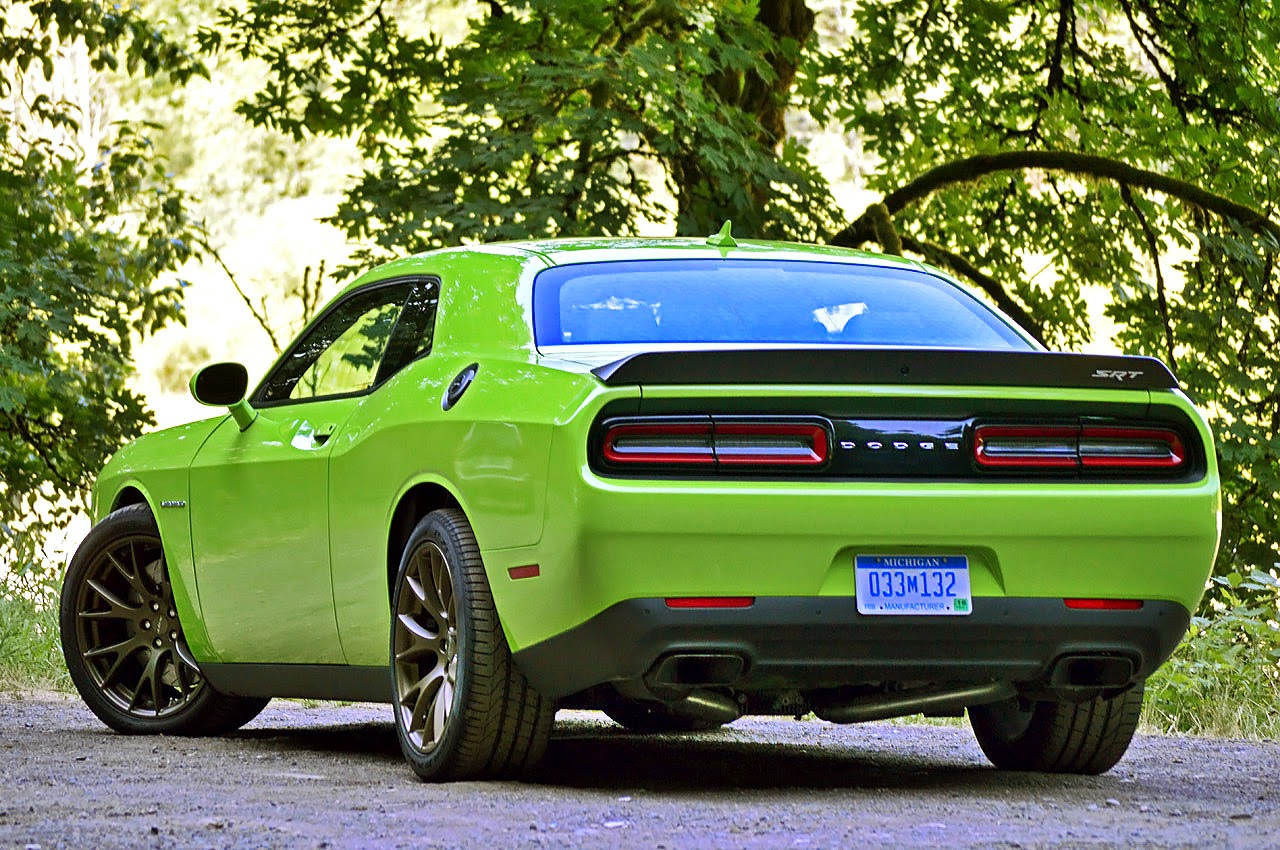 automotiveblogz 2015 dodge challenger srt hellcat first drive photos. Black Bedroom Furniture Sets. Home Design Ideas