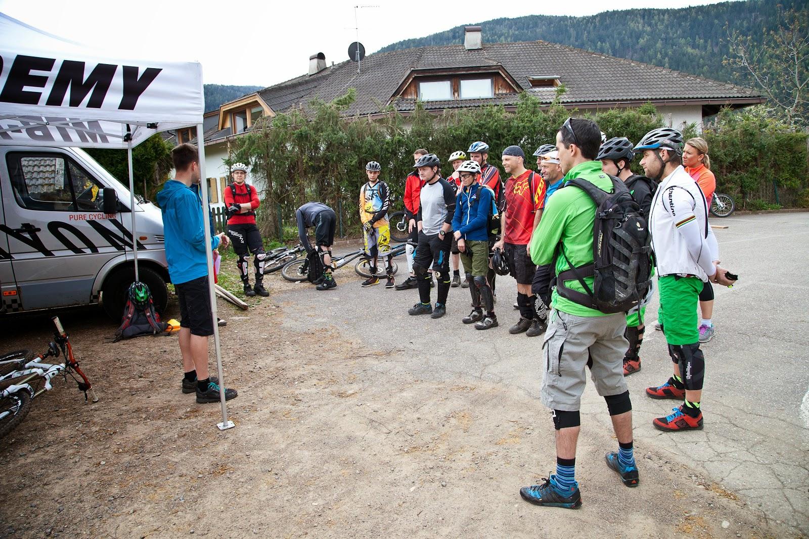 http://www.steineggerhof.com/de/hotelinformationen/fotogalerie/freetrail-camp-mtb-academy-12-04-14-id-6001491388131901649.html
