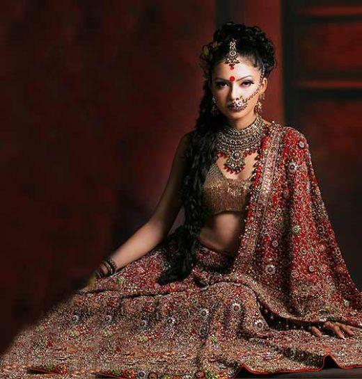 Traditional indian wedding dresses wedding dresses pics for Indian traditional wedding dress