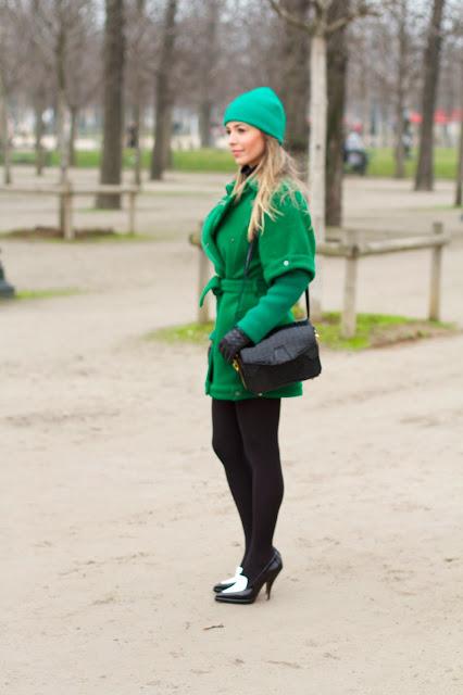 talita a filha do chefe verde esmeralda streetstyle paris