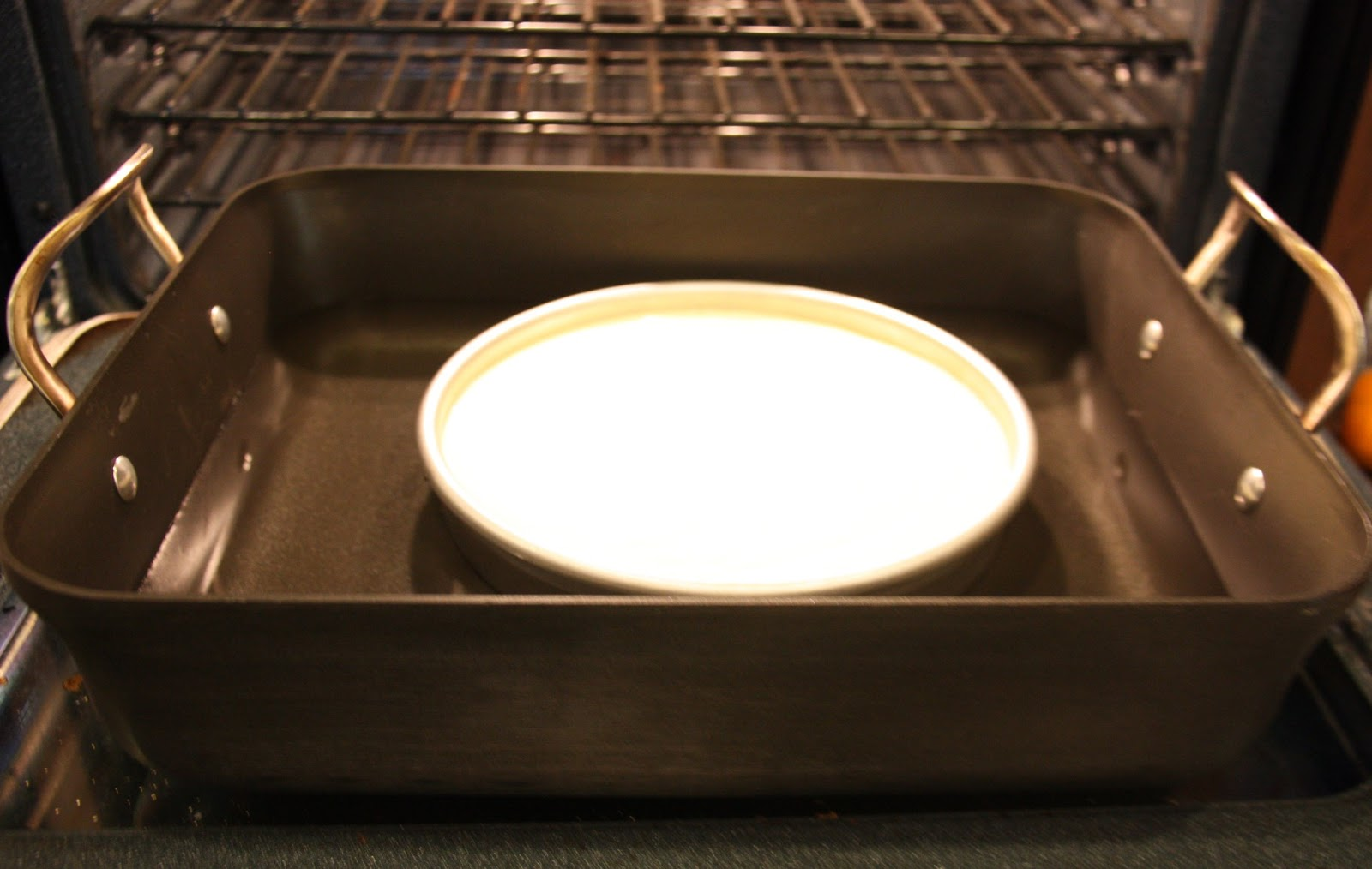 how to make a hot water bath for cheesecake