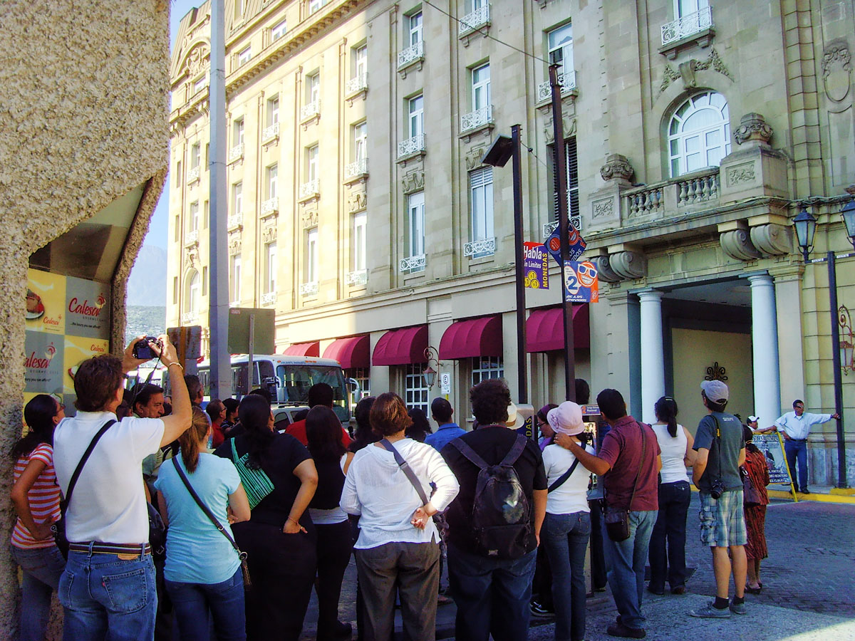 Monterrey m xico recorridos culturales hoteles antiguos for Hoteles para 5 personas