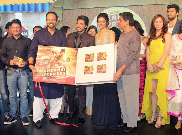 Rohit Shetty, Shah Rukh Khan, Deepika Padukone and Ronnie Screwvala