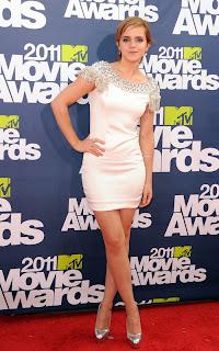 emma-watson-2011MTV-awards-01.jpg