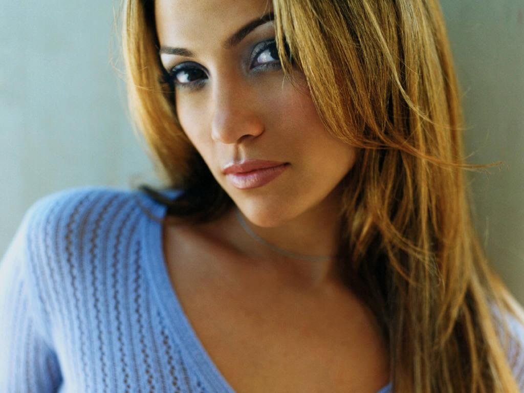 http://4.bp.blogspot.com/-oyfVm_UMrgk/TuucR7Gs93I/AAAAAAAAAJM/YC2lOgMiUJ8/s1600/Jennifer+Lopez_30757.jpg