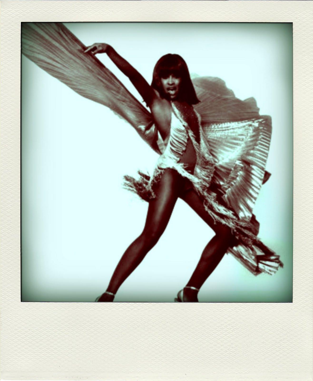 http://4.bp.blogspot.com/-oyiorWcuftI/TbJP_vmA4kI/AAAAAAAABD8/QbsbY4JMdGA/s1600/SUPER+DUPER+UBER+FRESH+STAR+CREATURE+OF+THE+WEEK-+The+Queen..+Tina+Turner.jpg