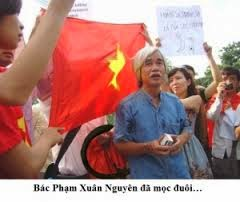"""Sự tráo trở của """"lều phê bình"""" Phạm Xuân Nguyên."""