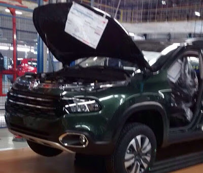 Picape Fiat Toro 2016 fotos