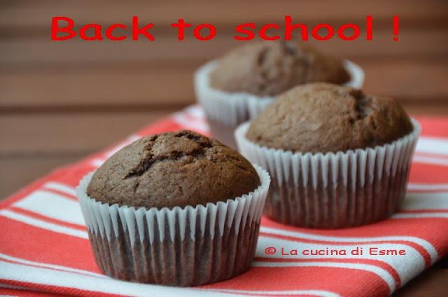 back to school: chocolate banana muffins
