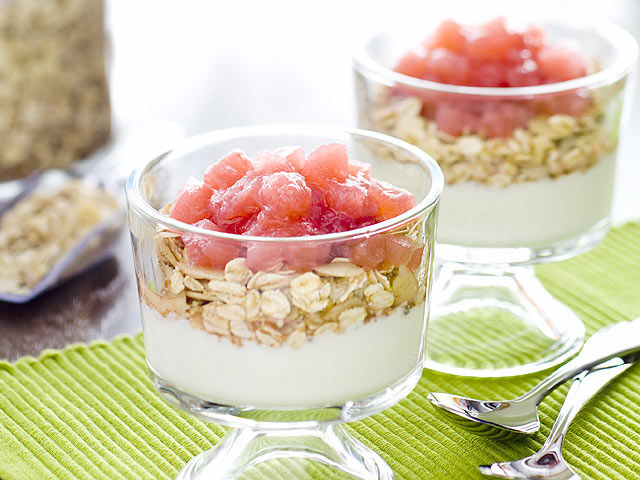The Recipe File: MUESLI WITH APPLE RHUBARB COMPOTE AND YOGURT