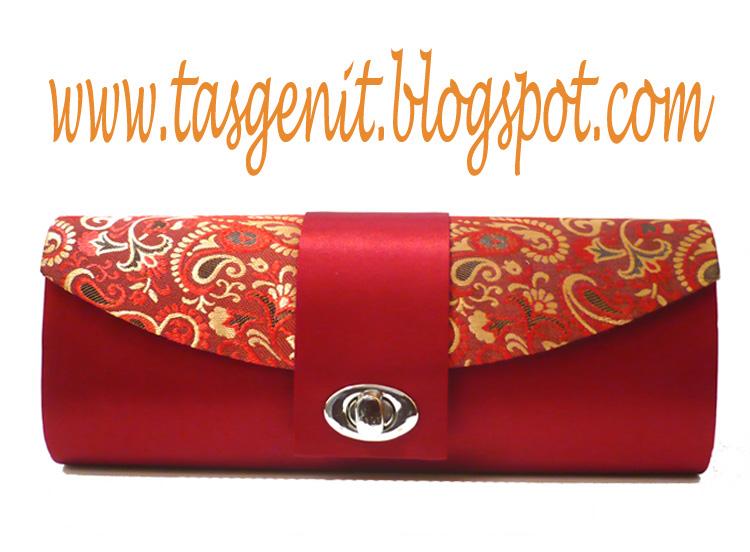 TRULLY INDONESIA  Tas Pesta Songket Merah Kunci Putar Oval (TERJUAL KODE  402) 5b08631619