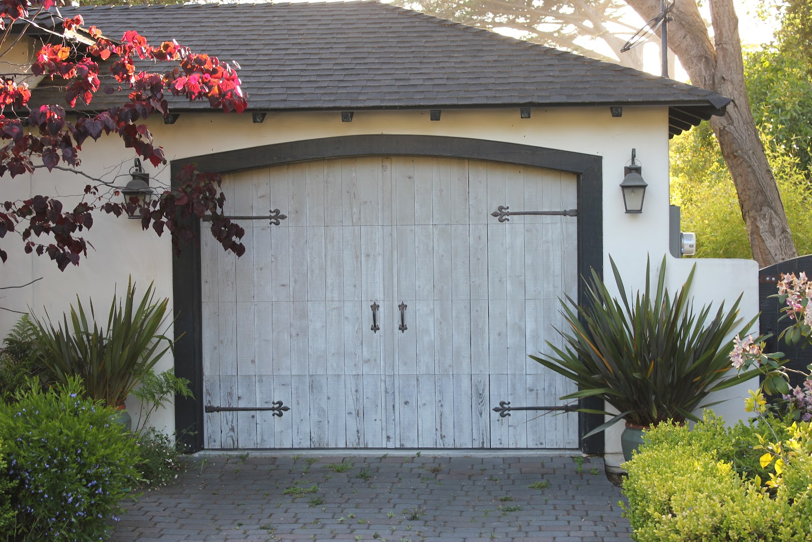 European farmhouse charm our garage door makeover a for Farmhouse garage doors