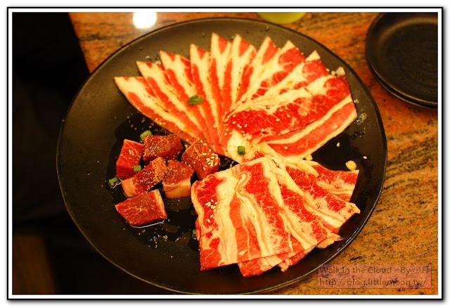 綜合肉盤 (牛肉、菲力塊)