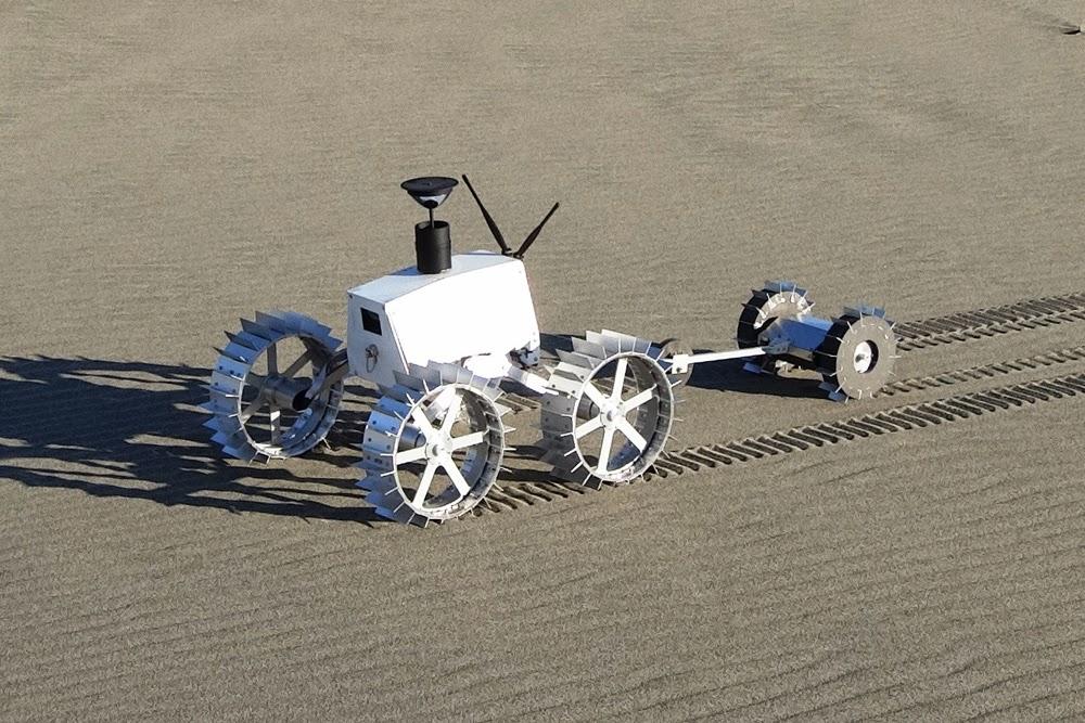 Hakuto rover