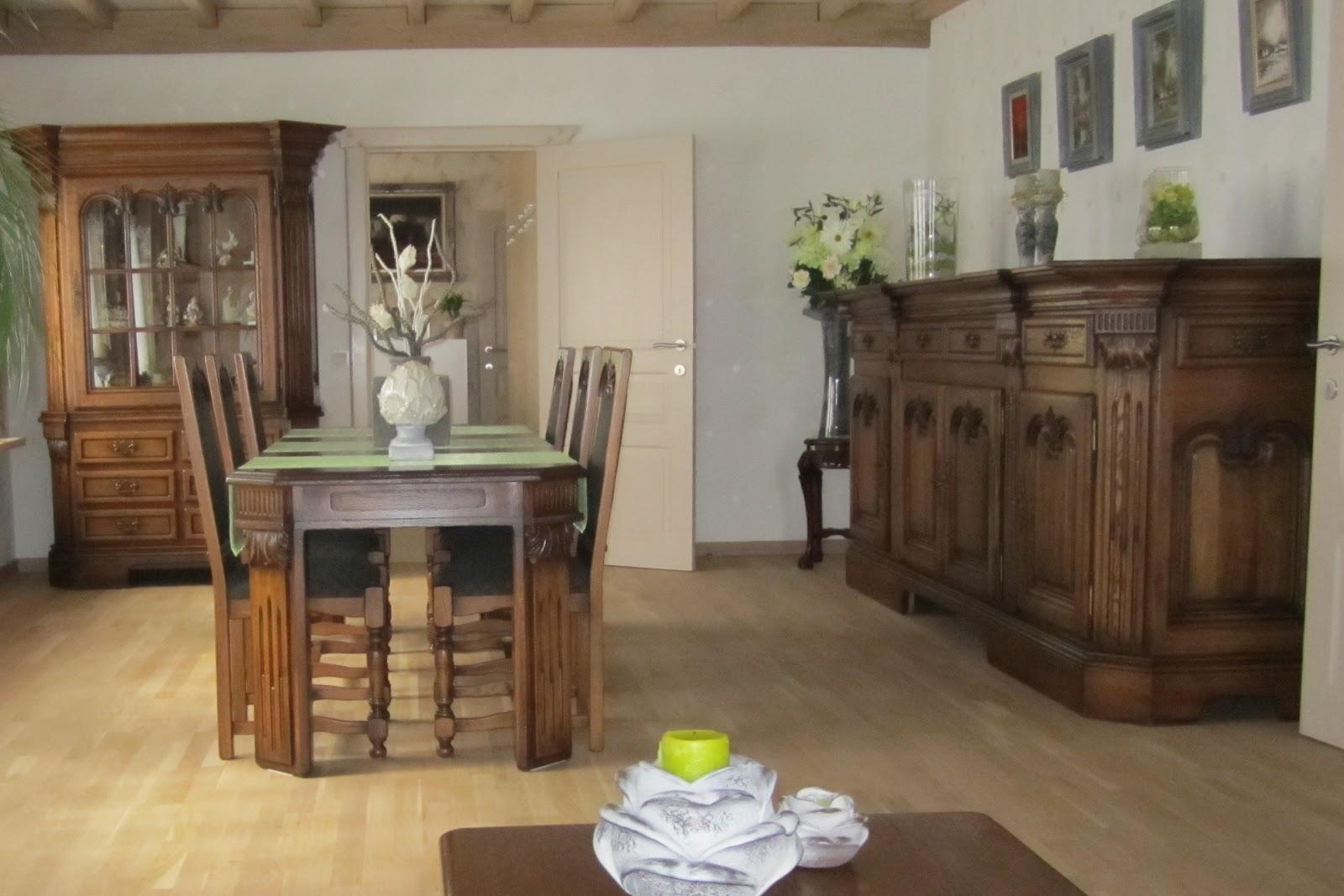 meubelrenovatie vernieuwen van eiken dressoir vitrine tafel en stoelen. Black Bedroom Furniture Sets. Home Design Ideas