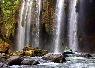 Paket Wisata Bromo Tour Rafting Pekalen
