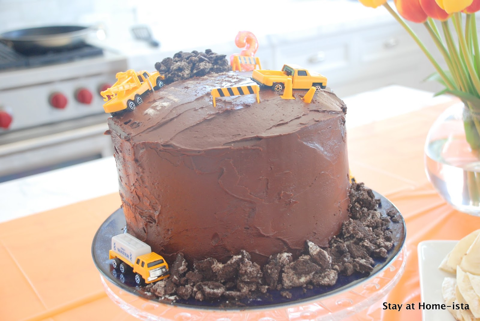 stay at home ista may 2012 construction machine birthday cake tutorial