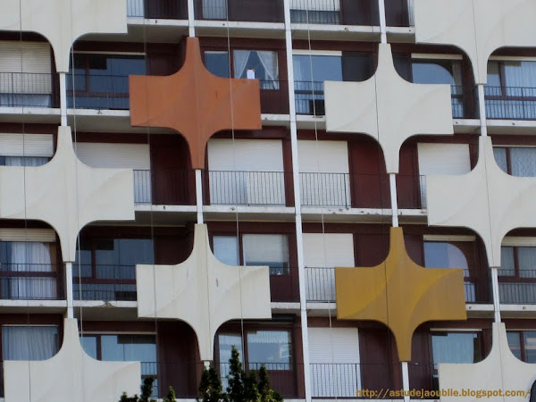 Créteil - Quartier de la Brèche  Architecte: Jean Faugeron   Construction: vers 1970