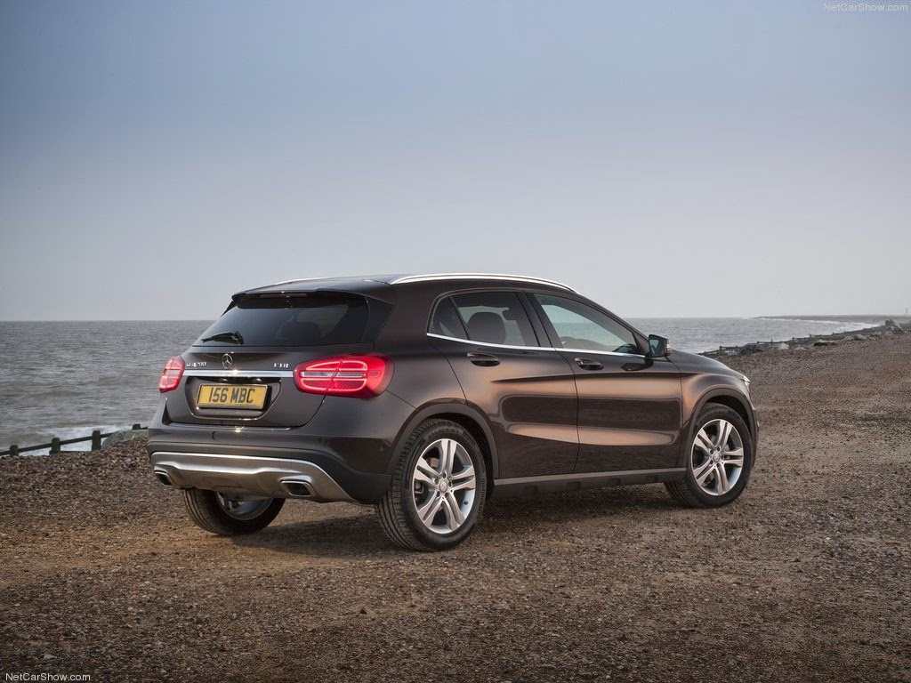 http://4.bp.blogspot.com/-p-DcjeoUzHo/Uznr65Xr4NI/AAAAAAAADfU/UcmsP9GGupM/s1600/2015+Mercedes-Benz+GLA+UK-Version-Design-interior-exterior+pictures+wallpapers+%25288%2529.jpg