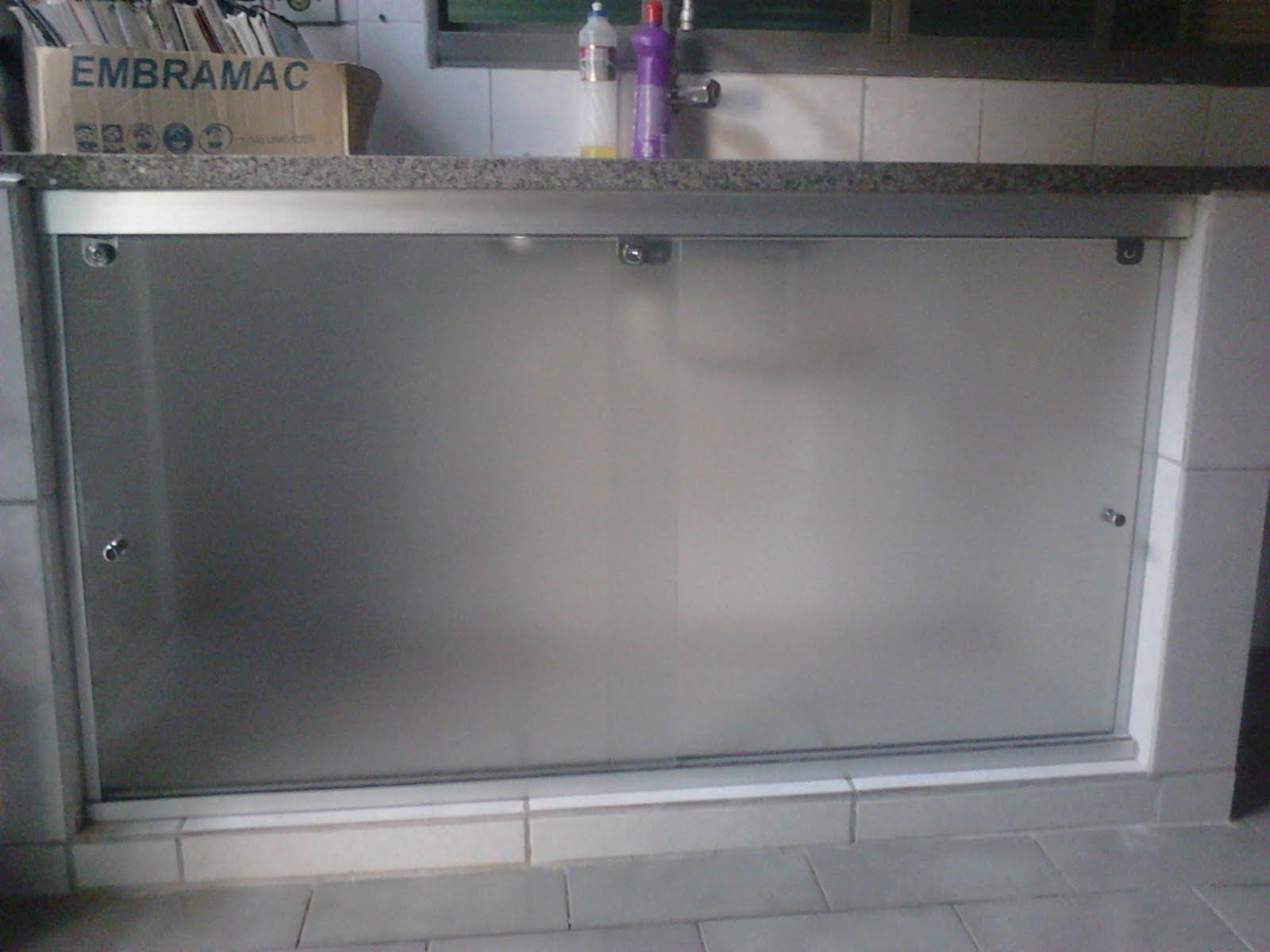 FRANCO VIDROS TEMPERADOS: Fechamento Pia com vidro #5B4E63 1600 1200