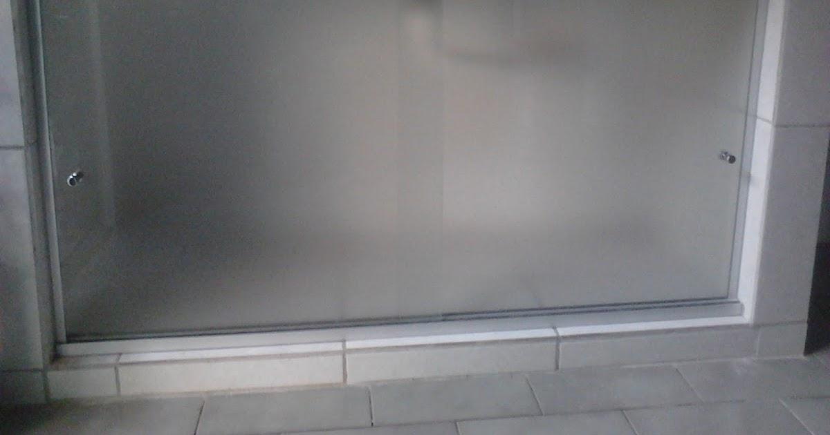 FRANCO VIDROS TEMPERADOS Fechamento Pia com vidro -> Pia Para Banheiro De Vidro Comercial Ramos