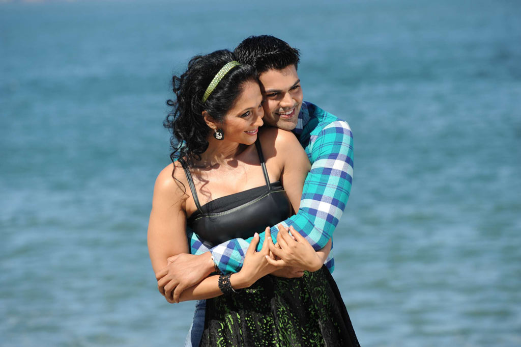 Panithuli Movie Stills