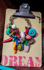 SMASHING COLLAGE NECKLACE!