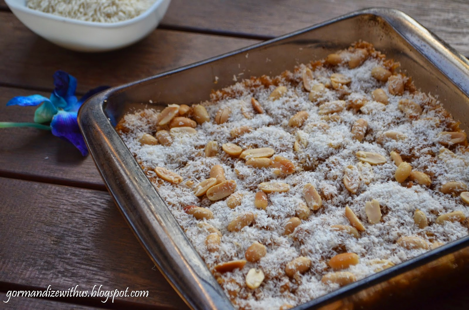 Gormandize burmese sticky rice cake time to share with you another delicious recipe from the lovely cuisine of myanmar this sticky rice cake is so more ish because its incredibly tasty and forumfinder Choice Image
