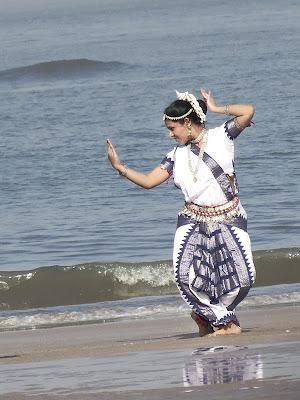 Model posing at Aksa Beach