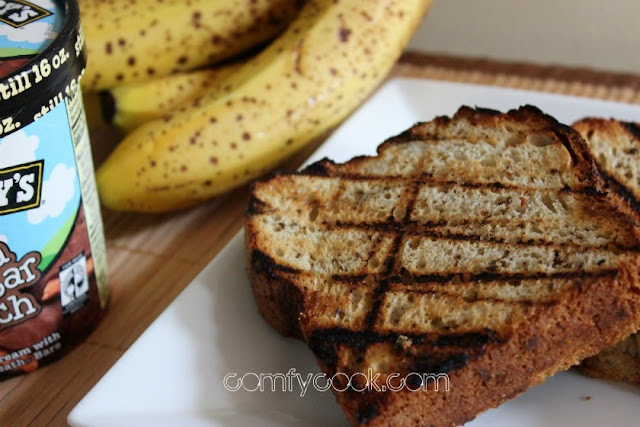 Comfy Cuisine: Grilled Banana Bread Ice Cream Sandwiches