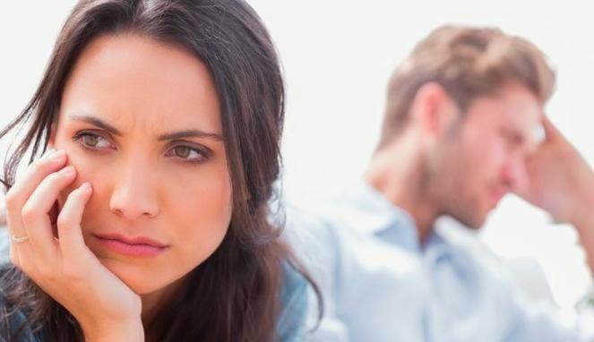 Kebiasaan yang Mengancam Keharmonisan Pasangan