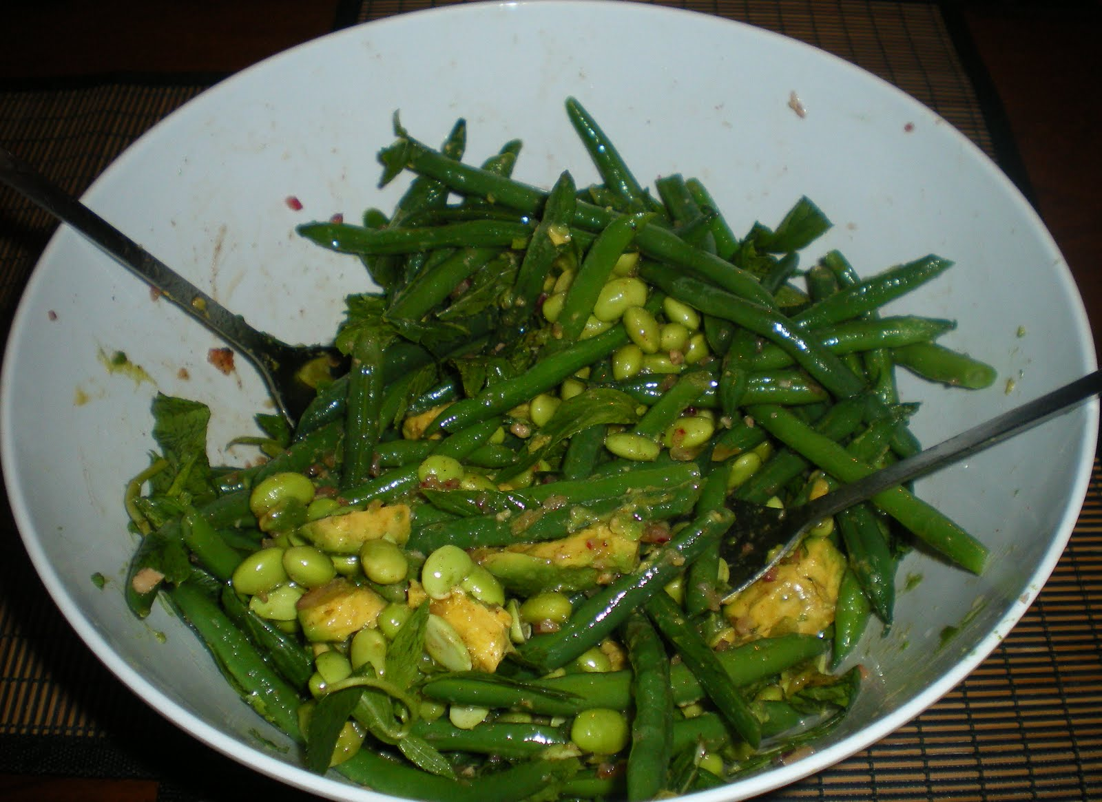 ... !!: Green Bean, Edamame and Avocado Salad and Brazilian Cheese Bread