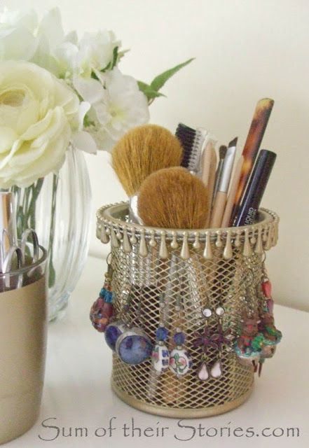DIY gold earring holder