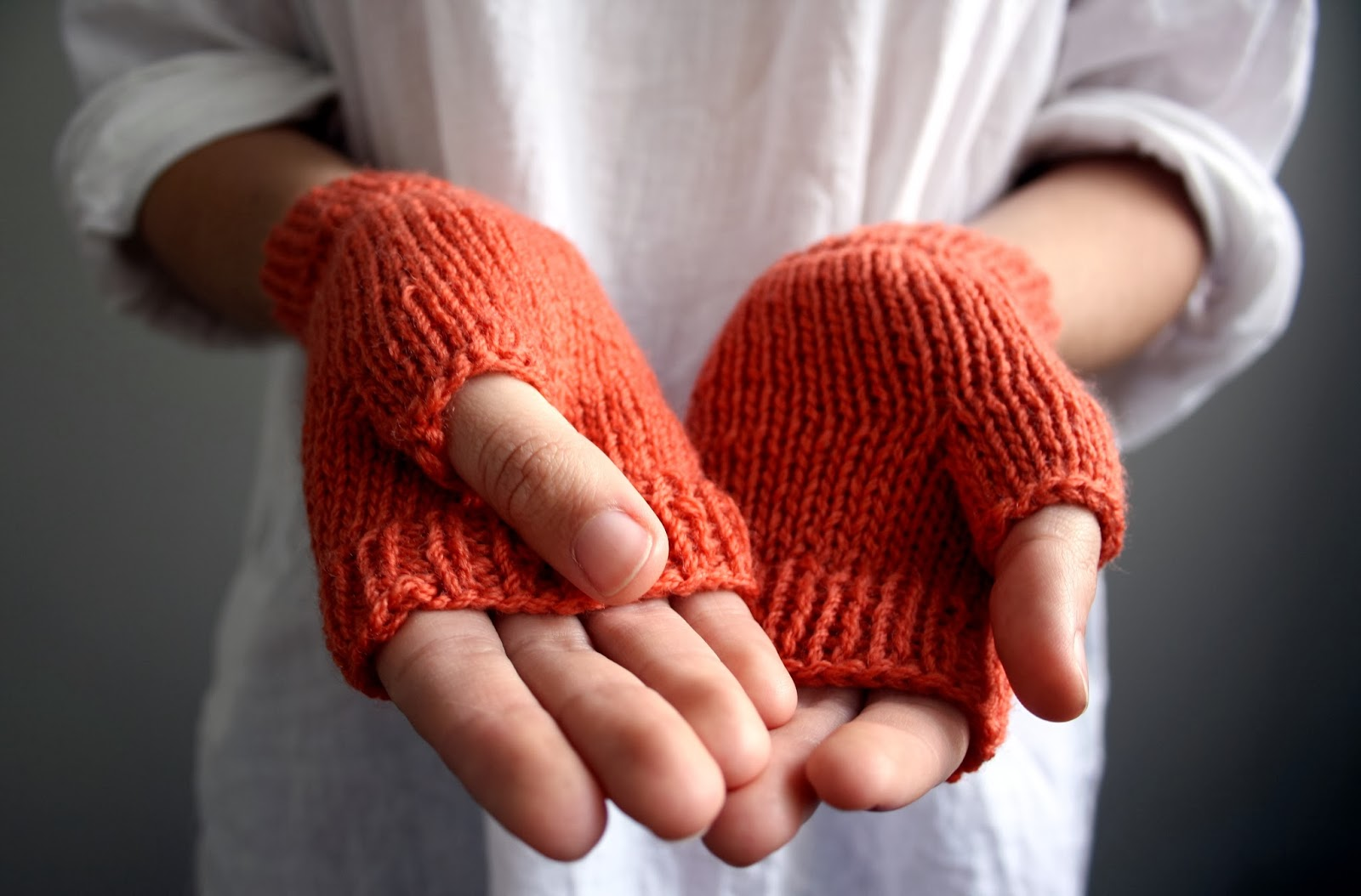 https://www.etsy.com/au/listing/182119162/wool-fingerless-gloves-handknit-in?ref=shop_home_active_1