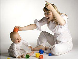 Bermain bersama bayi