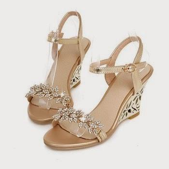 Trend model sandal wedges pesta modern terbaiki terbaru 2017