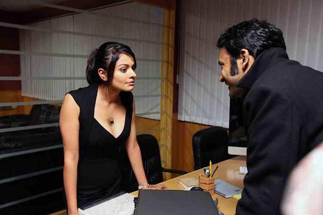 Vishwaroopam Actress Pooja Kumar Sexy Stills
