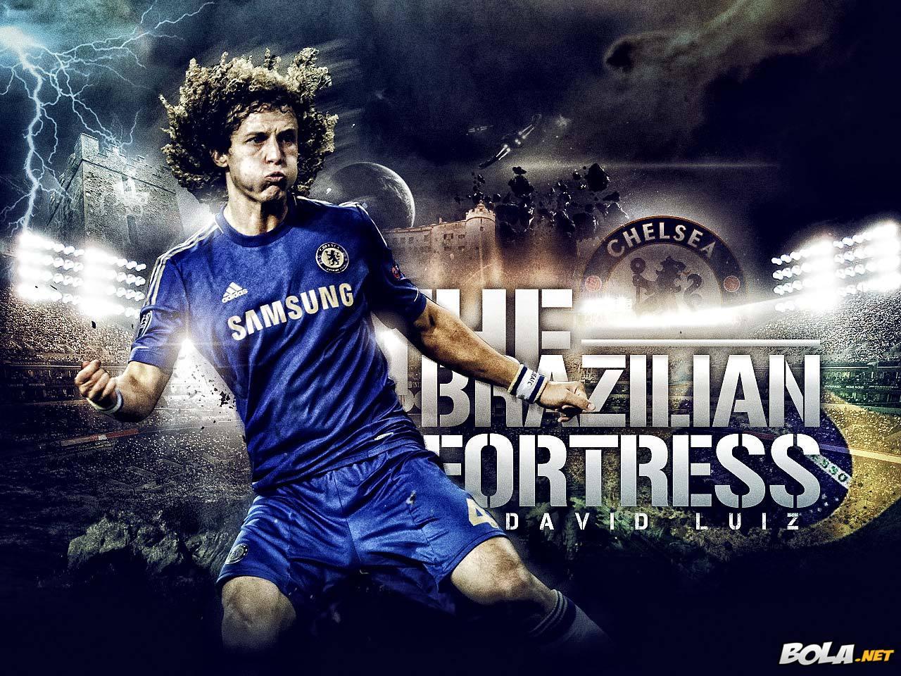 Futebol No Mundo.: David Luiz Ri Do Que Fez Com Seu