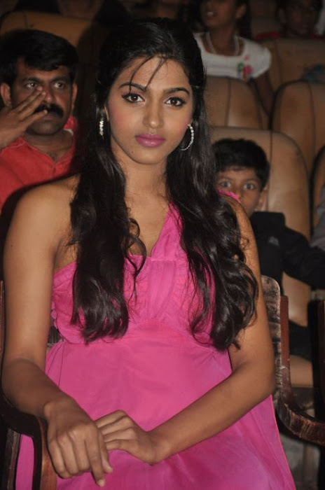 dhansika at benze vaction awards hot photoshoot