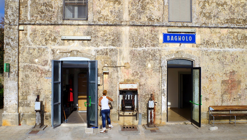 Bahnhof Bagnolo (Apulien)
