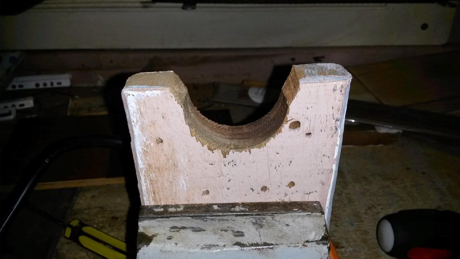 Oficina do Quintal: Como fazer um mini torno para madeira #624B38 1600x900